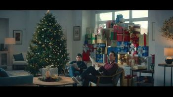 Lexus December to Remember Sales Event TV Spot, 'The Bow Cover-Up' [T1] - 102 commercial airings