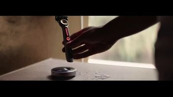 Gillette Labs Heated Razor TV Spot, 'Hot Towel Shave' - Thumbnail 8