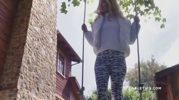 Fabletics.com Cyber Week Sale TV Spot, 'Cute and Functional: Two for $24' Featuring Kate Hudson - Thumbnail 8