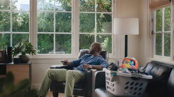Tide TV Spot, 'Sunday Is Coming' Featuring Mark Ingram Jr. and Peyton Manning - Thumbnail 9