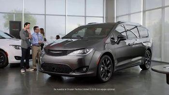 Chrysler Black Friday Sales Event TV Spot, 'Tough Decision: Talking Van' [Spanish] [T2] - Thumbnail 1