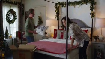 The Home Depot TV Spot, 'More Wonder: Lights and Bedding' - Thumbnail 7