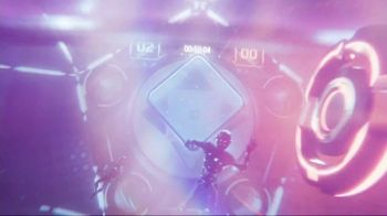 Oculus Quest TV Spot, 'Defy Reality: Echo Arena' Featuring Eric Wareheim - Thumbnail 5