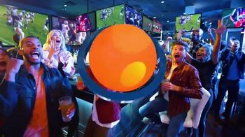 Dave and Buster's Unlimited Games and Wings TV Spot, 'Every Sunday, Monday and Thursday' - Thumbnail 8