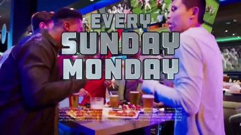 Dave and Buster's Unlimited Games and Wings TV Spot, 'Every Sunday, Monday and Thursday' - Thumbnail 4