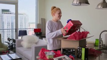 Lowe's Black Friday Deals TV Spot, 'Doing the Holidays Right' - Thumbnail 6