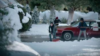 JCPenney TV Spot, 'Palear nieve' [Spanish] - Thumbnail 7