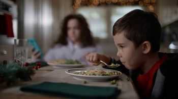 JCPenney TV Spot, 'La Navidad' [Spanish] - Thumbnail 4