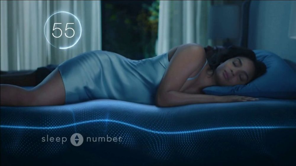 Sleep Number Veterans Day Sale TV Commercial, 'Automatically Adjusts: Save $1000 + No Interest'
