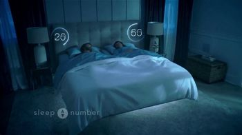 Sleep Number Veterans Day Sale TV Spot, 'Automatically Adjusts: Save $1000 + No Interest' - Thumbnail 3