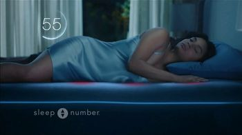Sleep Number Veterans Day Sale TV Spot, 'Automatically Adjusts: Save $1000 + No Interest' - Thumbnail 4