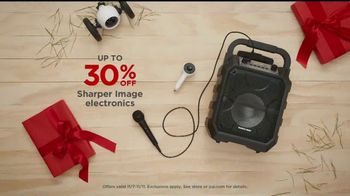 JCPenney TV Spot, 'Little Things: Wrapping Gifts' - Thumbnail 6