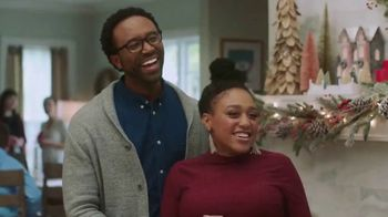 Pier 1 Imports TV Spot, 'Discover the Joy of Holiday!' - Thumbnail 6