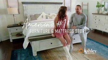Ashley HomeStore Veterans Day Mattress Sale TV Spot, 'Going on Now: Adjustable Mattress Sets' - Thumbnail 6