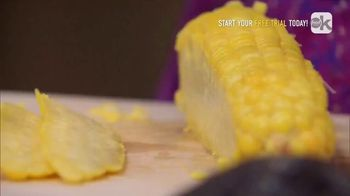 Food Network Kitchen App TV Spot, 'Giada's Trick for Getting Corn off the Cob' - Thumbnail 6