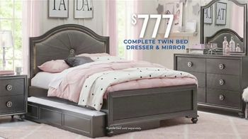 Rooms to Go Kids and Teens Holiday Sale TV Spot, 'Complete Twin Bed, Dresser and Mirror' - Thumbnail 3