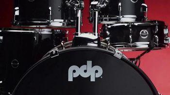 Guitar Center TV Spot, 'Great Gifts: Drum Kit' - Thumbnail 4