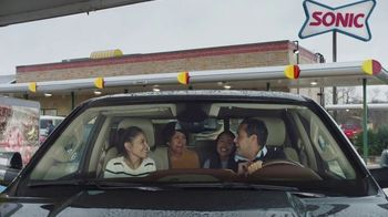 Sonic Drive-In Reese's Overload Waffle Cone TV Spot, 'Nieve antes de comer' [Spanish]