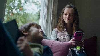 Leviton Manufacturing TV Spot, 'Every Home is Alive: USB Outlet'