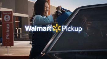 Walmart TV Spot, 'Famous Visitors: Men in Black' - Thumbnail 10