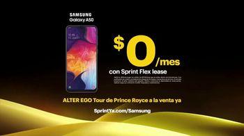 Sprint TV Spot, 'Recibe un Samsung Galaxy por solo $0 dólares al mes' con Prince Royce [Spanish] - Thumbnail 10