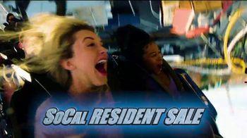 Six Flags Magic Mountain SoCal Resident Sale TV Spot, 'West Coast Racers' - Thumbnail 8