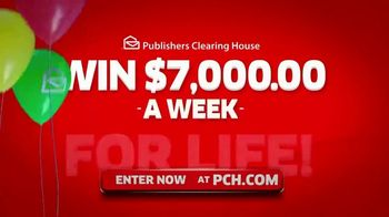 Publishers Clearing House TV Spot, '$7,000 a Week: Hey Folks' Featuring Steve Harvey - Thumbnail 9