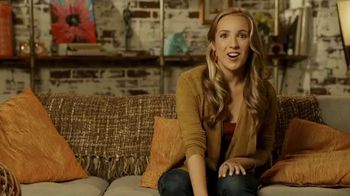 Lavalife TV Spot, 'Being Single Can Be Lonely' - Thumbnail 7