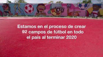 Target TV Spot, 'Artistas de los campos de fútbol: conoce a Miguel DonJuan' [Spanish] - Thumbnail 10