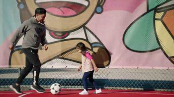 Target TV Spot, 'Artistas de los campos de fútbol: conoce a Miguel DonJuan' [Spanish] - Thumbnail 8