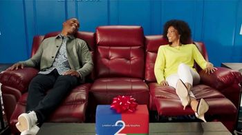 Rooms to Go Anniversary Sale TV Spot, 'Great Prices' Song by Junior Senior - Thumbnail 6