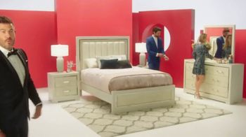 Rooms to Go Anniversary Sale TV Spot, 'Extra Savings' Featuring Jesse Palmer - Thumbnail 5
