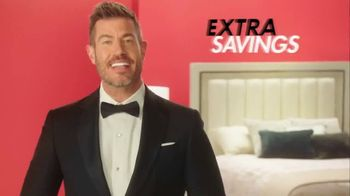 Rooms to Go Anniversary Sale TV Spot, 'Extra Savings' Featuring Jesse Palmer - Thumbnail 7
