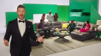 Rooms to Go Anniversary Sale TV Spot, 'Extra Savings' Featuring Jesse Palmer - Thumbnail 9