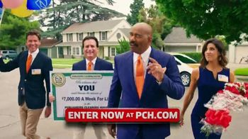 Publishers Clearing House TV Spot, '$7,000 a Week: Surprise You' Featuring Steve Harvey - Thumbnail 6