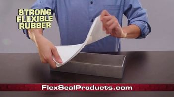 Flex Paste TV Spot, 'Clings to the Surface' - Thumbnail 4