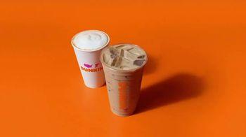 Dunkin' Lattes y Cappuccinos TV Spot, 'Beber para creer' [Spanish] - Thumbnail 5