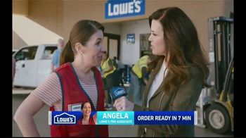 Lowe's Pro TV Spot, 'It Takes a Team: Valspar Paint' Featuring Michele Tafoya