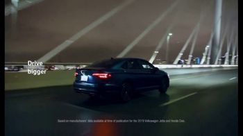 Volkswagen Presidents Day Deals TV Spot, 'Standard Turbocharged Engine' [T2] - Thumbnail 6