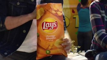 Lay's Cheddar Jalapeño TV Spot, 'Food Trucks' - Thumbnail 3