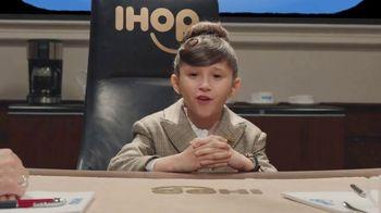 IHOP Cereal Pancakes TV Spot, 'Next Slide' - Thumbnail 2