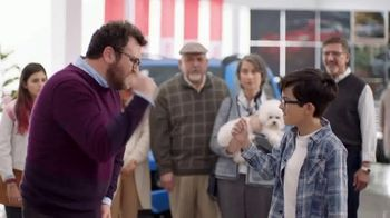 Toyota Marzo en Marcha TV Spot, 'Un momento' [Spanish] [T1] - Thumbnail 6