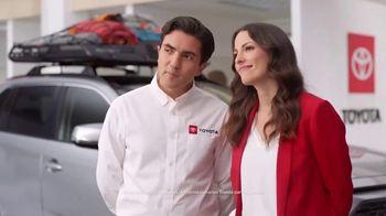 Toyota Marzo en Marcha TV Spot, 'Un momento' [Spanish] [T1] - Thumbnail 2