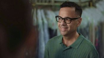 Dunkin' Matcha Lattes TV Spot, 'Dry Cleaner' - Thumbnail 7
