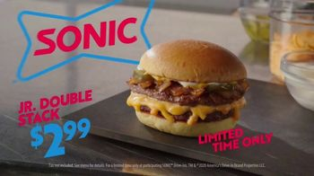 Sonic Drive-In Jr. Double Stack TV Spot, 'Smacking' - Thumbnail 9