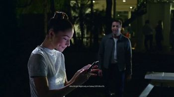 Samsung Galaxy S20 TV Spot, 'Found: $200 Off' Song by DJ Shadow - Thumbnail 6