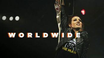 WWE Shop TV Spot, 'Wrestlemania: estamos unidos' canción de Krissie Karlsson [Spanish] - Thumbnail 3