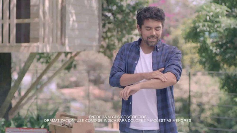 Dragon TV Commercial, 'Martillazos'