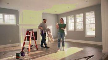 The Home Depot TV Spot, 'Completa tu sala' [Spanish] - Thumbnail 1