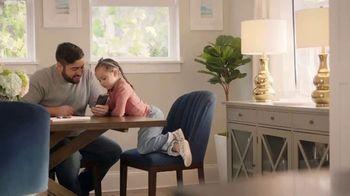 The Home Depot TV Spot, 'Completa tu sala' [Spanish] - Thumbnail 2
